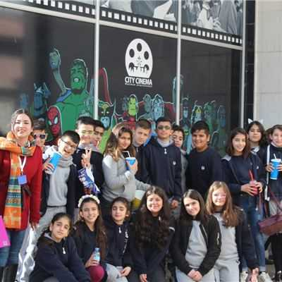 Suleimaniah Students Enjoy Movie Day